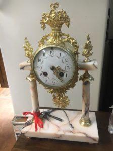 renowacja antycznych zegarów